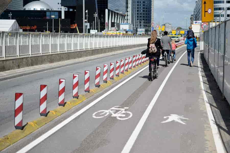 Контроль качества и разметка тротуаров